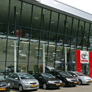 architect autogarage showroom Toyota Schouten Alblasserdam Brand I BBA Architecten
