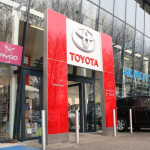 architect showroom Toyota Schouten Alblasserdam Brand I BBA Architecten